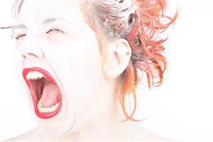 Эмоциональные дамы быстрее набирают вес