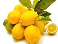 Защитить кожу от старения поможет витамин С