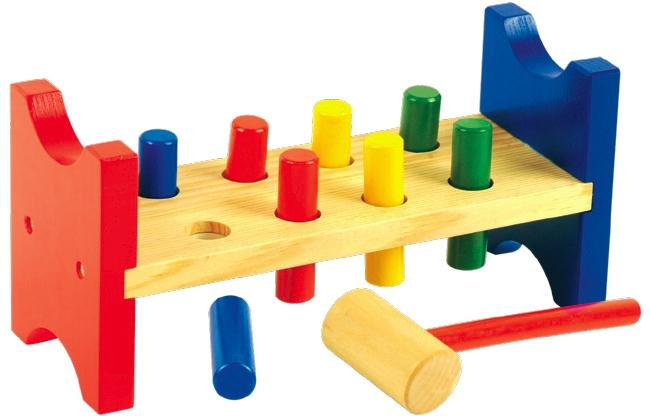 В чем основные ошибки при выборе игрушки для малыша