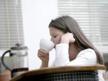 Кофеин в чае и газировке влияет на уровень эстрогена у женщин