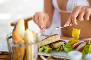 Диета с высоким содержанием жиров может увеличить риск смерти от рака груди