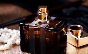 Как правильно выбрать парфюм в подарок мужчине