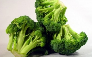 Брокколи защищает от язвы и рака желудка