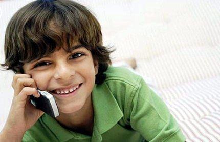 Выбираем мобильный телефон ребенку