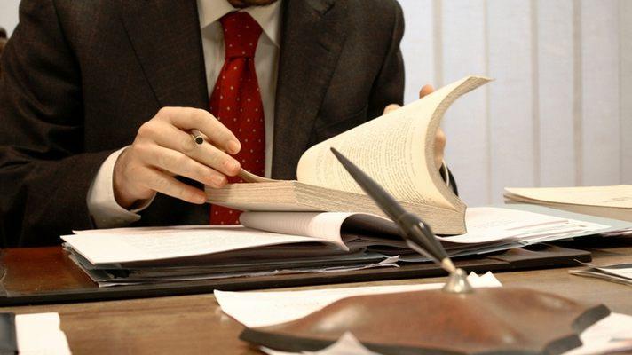 Адвокат. Как выбрать надежного адвоката?