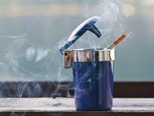 Пассивное курение делает женщин бесплодными, предупреждают врачи
