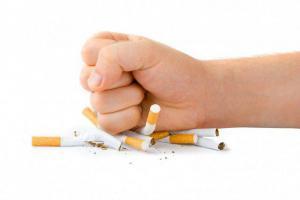Пассивное курение приводит к ранней менопаузе и бесплодию
