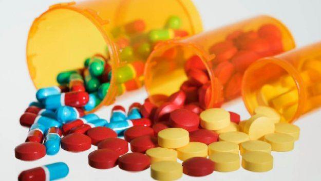 Проблемы со щитовидной железой требуют осторожного подхода к применению лекарств