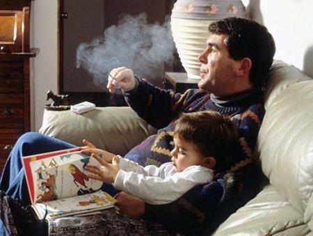 Курящие отцы дарят своим детям защиту от токсинов
