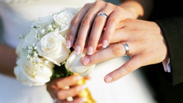Люди вступают в брак, поскольку боятся заразиться опасными бактериями