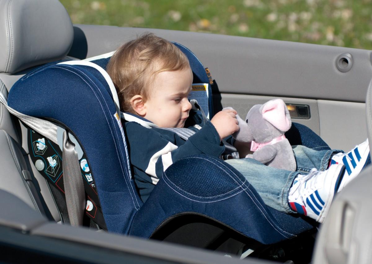 Транспортировка малыша. Концептуальный выбор автокресла
