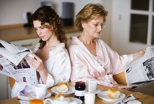 Как наладить отношения с родственниками мужа?