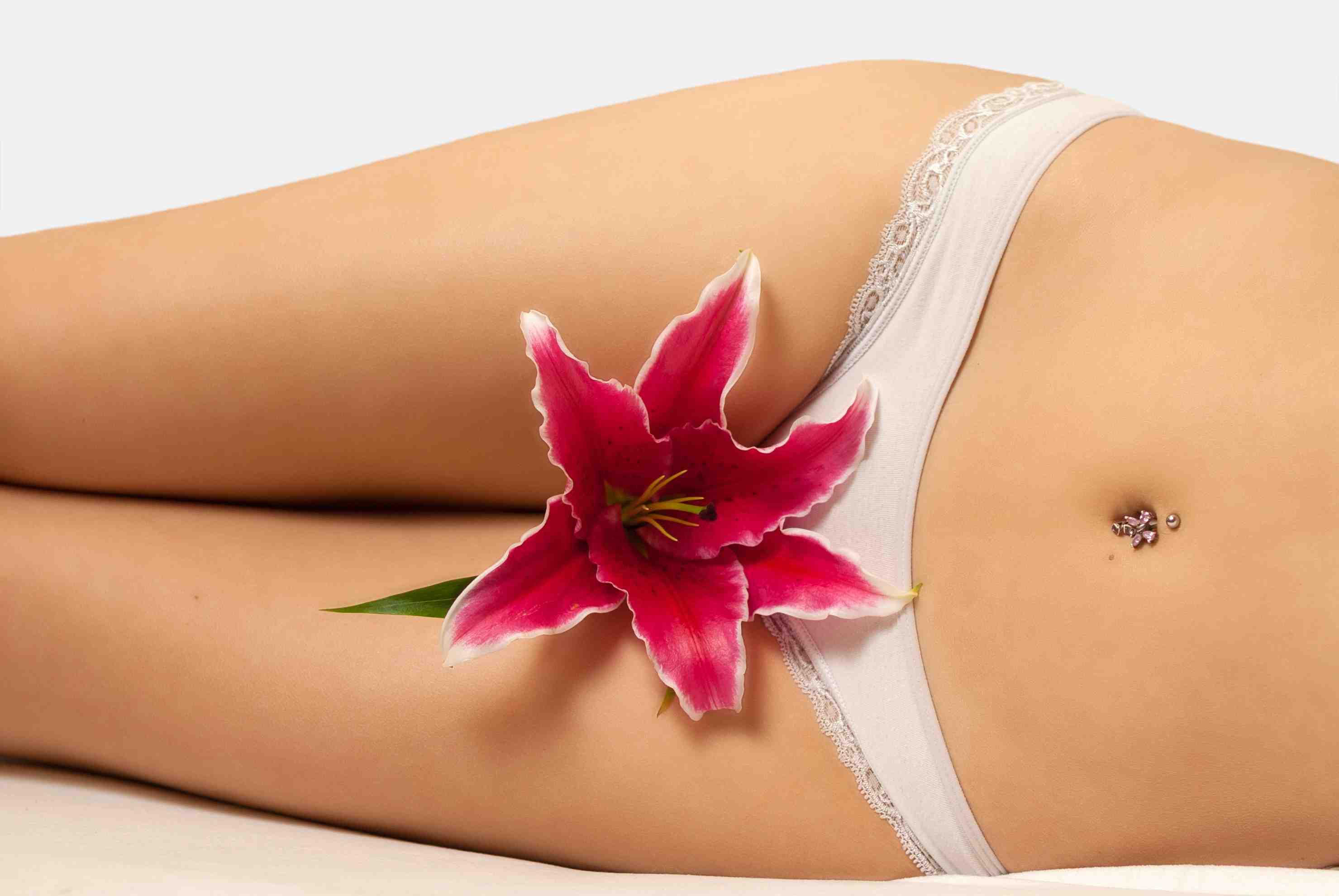 Интимная женская красота: какие проблемы решает лабиопластика