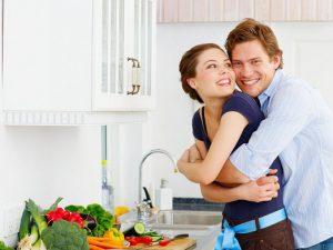 Как можно разнообразить скучную семейную жизнь?