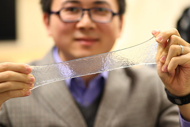Гидрогель: будущее умных пластырей