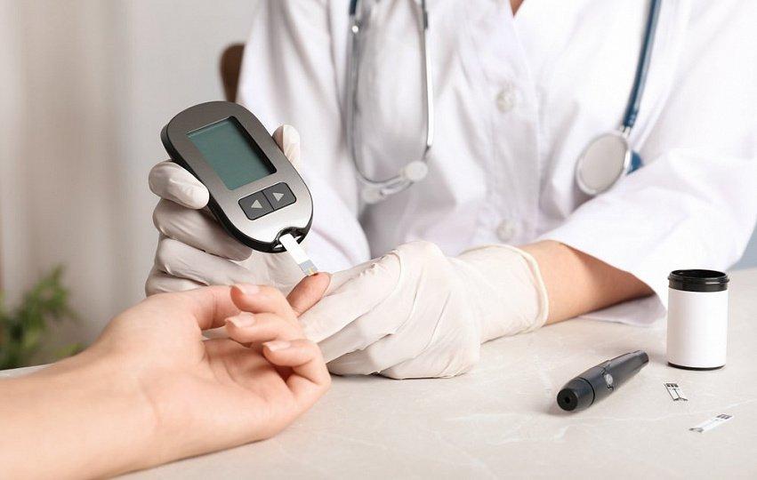 Высокий сахар крови при диабете, кетоацидоз: инсулин, питание