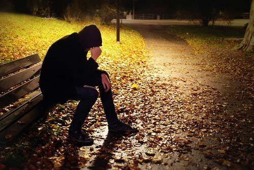 Осенняя депрессия: признаки и лечение