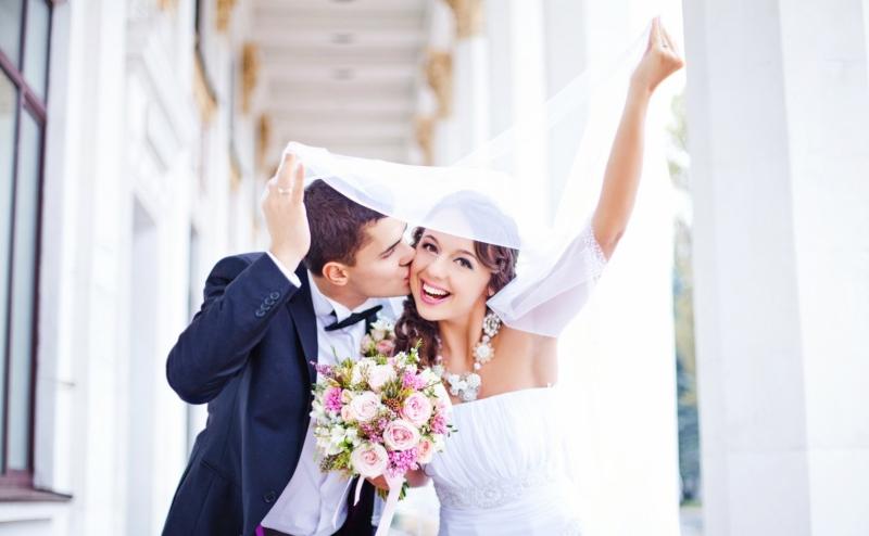 Свадебные фотографы рассказали о признаках скорого развода пары