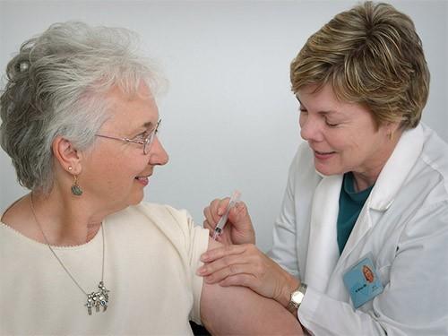 Риск аллергии на вакцины крайне низок