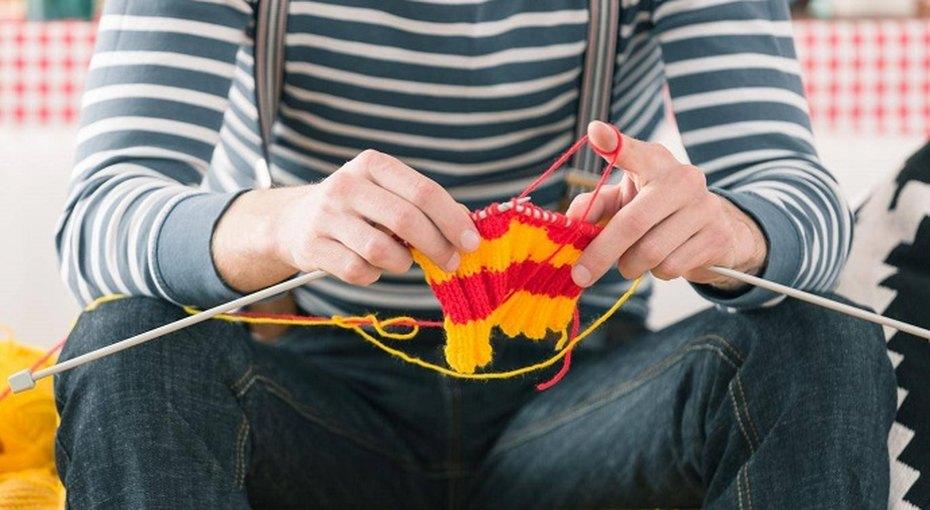 Вязание помогает справиться с депрессией, облегчает хронические боли и замедляет процесс деменции Вязание помогает с