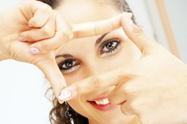 Офтальмологи назвали основные привычки, которые портят зрение