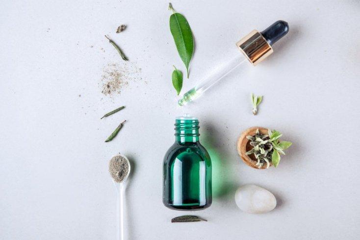 Бьюти-гид по уходу за кожей: косметика с кислотами