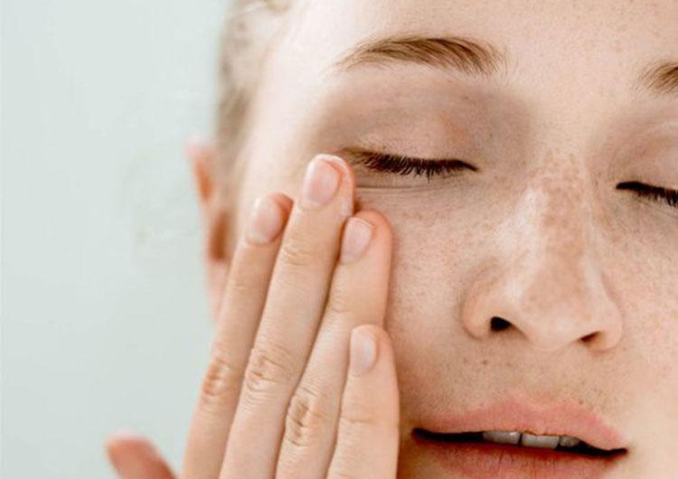 Солнцезащитное средство для лица: как выбрать и использовать?