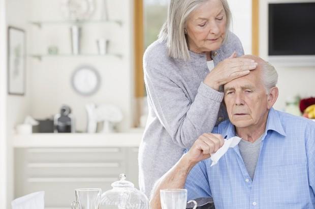 Почему у человека с возрастом меняется запах и становится неприятным
