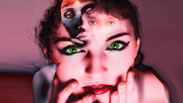 Совсем не ПМС… Как распознать первые признаки шизофрении у женщины?