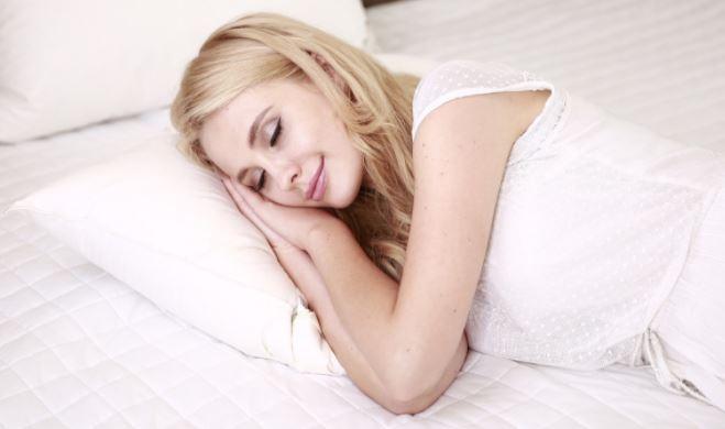 Названы пять вещей, которые нельзя делать сразу после пробуждения